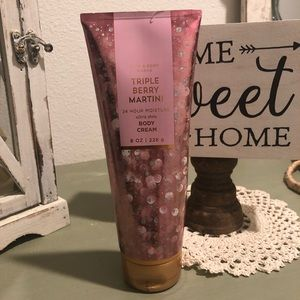 NEW Bath and Body Works body cream